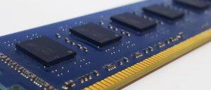 Bilgisayar belleği RAM'in görevi nedir?